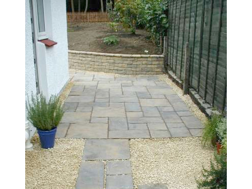 Dreghorn Garden Side - Complete - Total reshaping of the garden. Paving using Bradstone Wetherdale paving & York brown paving, Soiling & Turfing.